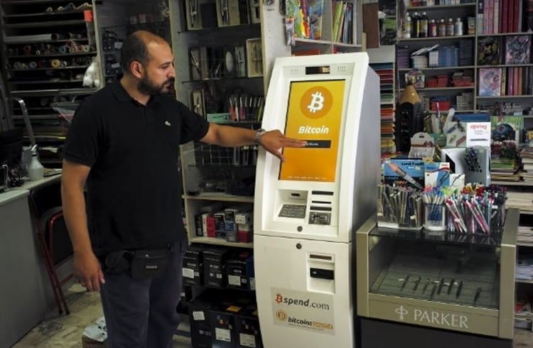 Grécia irá receber 1.000 caixas automáticos de Bitcoins