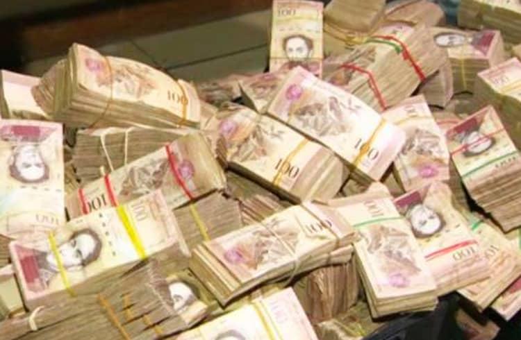 Durante o Colapso do Bolívar, Agência de Viagens Passa a Aceitar Somente Bitcoin