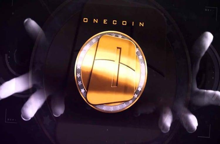 Itália Proíbe OneCoin Sob Investigações de Fraude