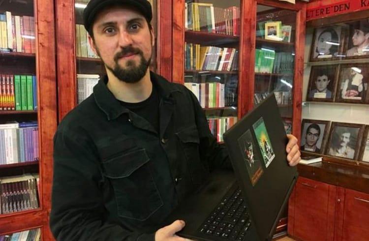 Famoso anarquista pró Bitcoin está sob investigação depois de lutar contra o ISIS na Síria
