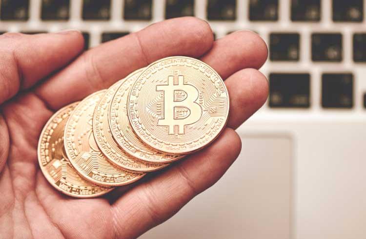 Base de usuários do Bitcoin duplica a cada 12 meses