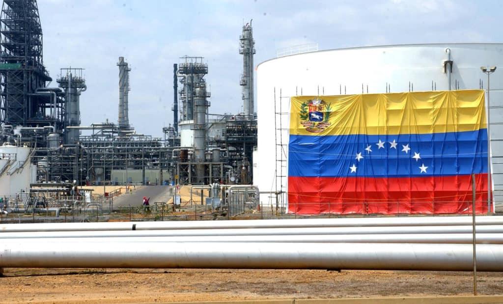 Petro irá buscar apoio na OPEP