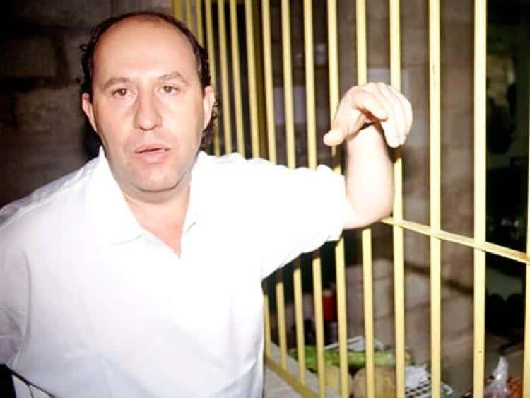 Irmão de Pablo Escobar diz que Satoshi Nakamoto é um agente secreto e Bitcoin foi criado pela CIA