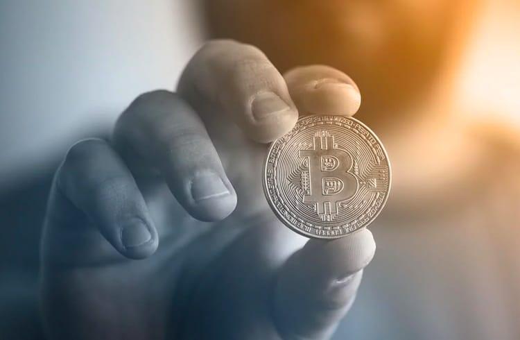 Adoção ao Bitcoin continua a crescer entre estabelecimentos e iniciativas