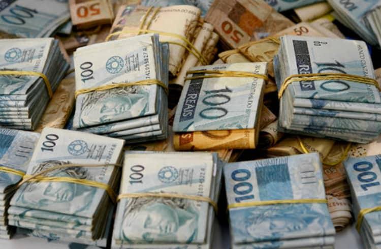 Brasileiro aplica golpe de R$200 milhões envolvendo Bitcoins e trade esportivo