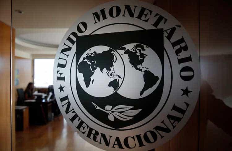 FMI afirma que as criptomoedas não representam riscos para a ordem global
