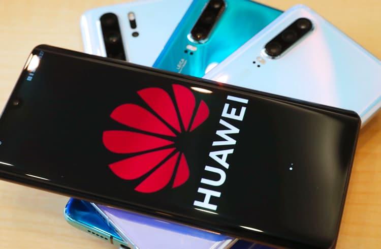 Huawei promete o primeiro aplicativo de carteira de criptomoedas para celulares antigos