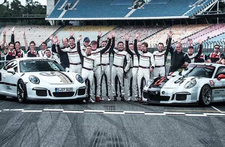 IOTA anuncia parceria com Grupo Schindler e Porsche