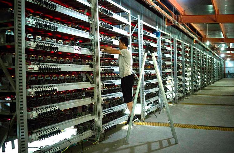 Mineração de Bitcoin já consome 0.5% da energia do mundo e pode chegar a 5% no futuro