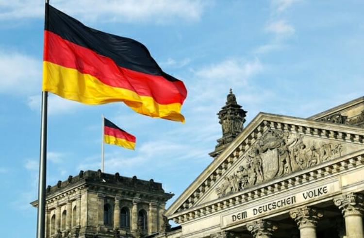 Segunda maior bolsa da Alemanha anuncia operações com criptoativos