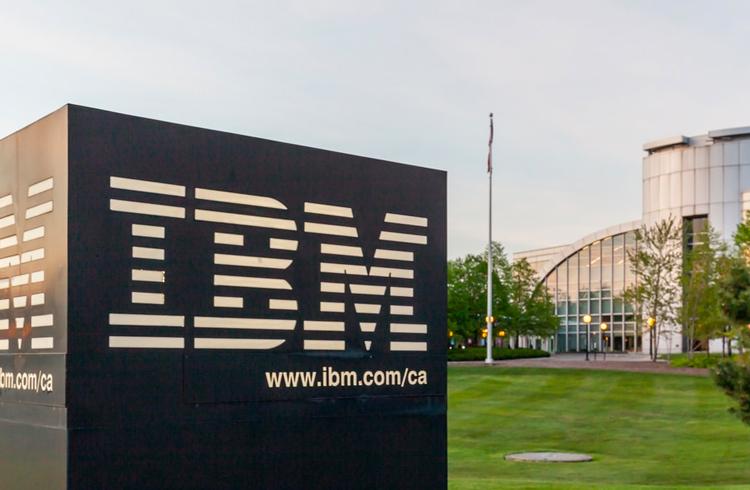 """Diretor da IBM no Brasil afirma que computação quântica pode """"quebrar"""" o Bitcoin"""