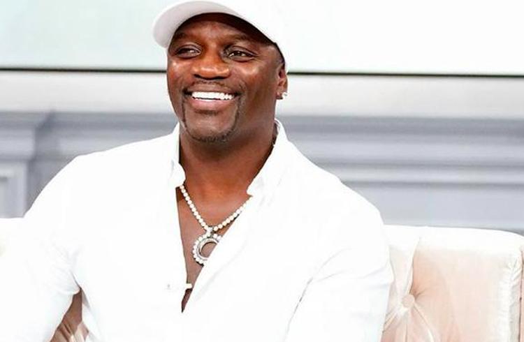 Rapper Akon anuncia sua própria criptomoeda