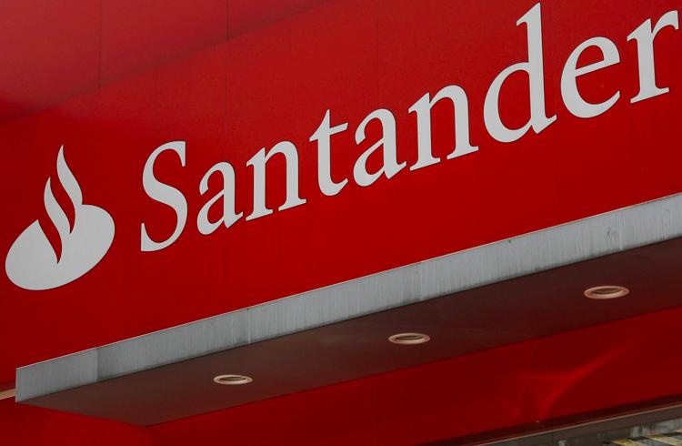 Santander investe em blockchain e pretende lançar banco 100% digital