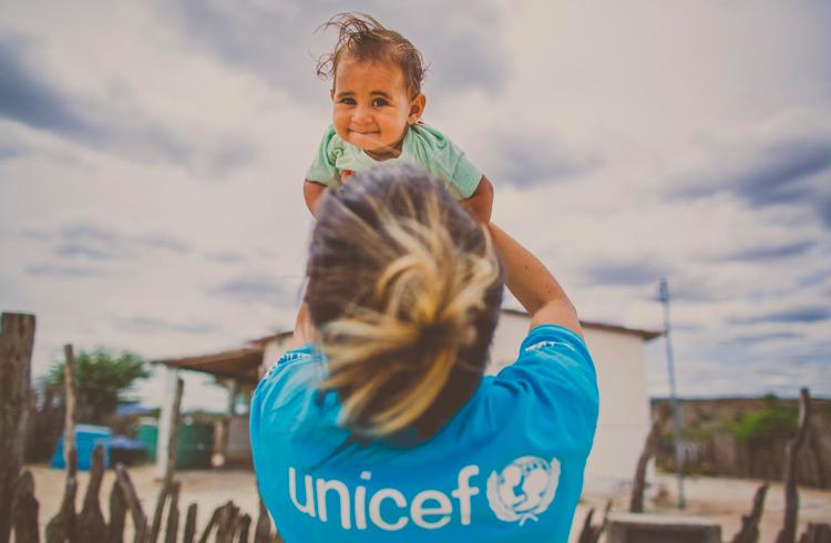 Startup brasileira ganha apoio da UNICEF e promete revolucionar setor de seguros com blockchain