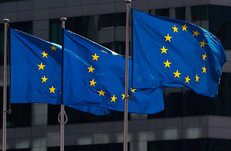 União Europeia quer ouvir perguntas sobre blockchain
