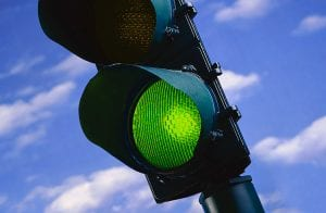 Veja as criptomoedas que operam no sinal verde nesta terça-feira