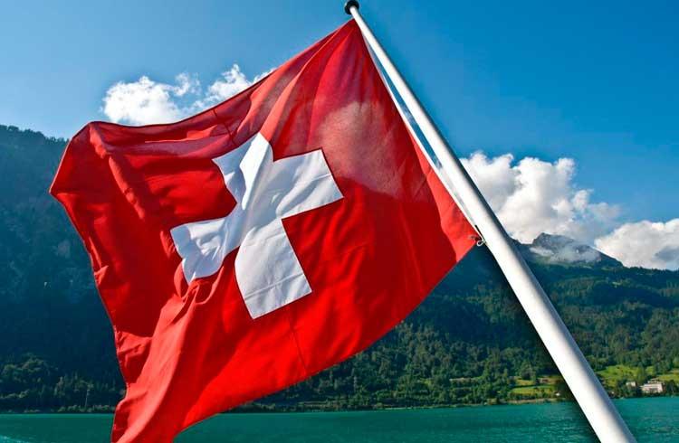 """Suíça """"perde"""" startups de blockchain devido a dificuldades em operar com o sistema bancário tradicional"""