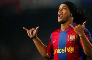 """A espera acabou! Ronaldinho Soccer Coin, moeda apoiada pelo """"bruxo"""", é oficialmente lançada"""