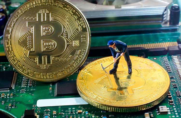 Mineradora de criptomoedas do Canadá revela gasto de apenas US$1.567 por Bitcoin minerado