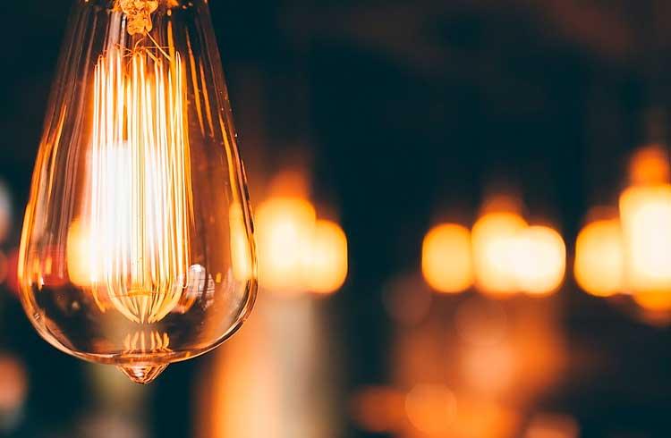 Pesquisadores constroem plataforma para troca de eletricidade baseada em blockchain visando reduzir o desperdício