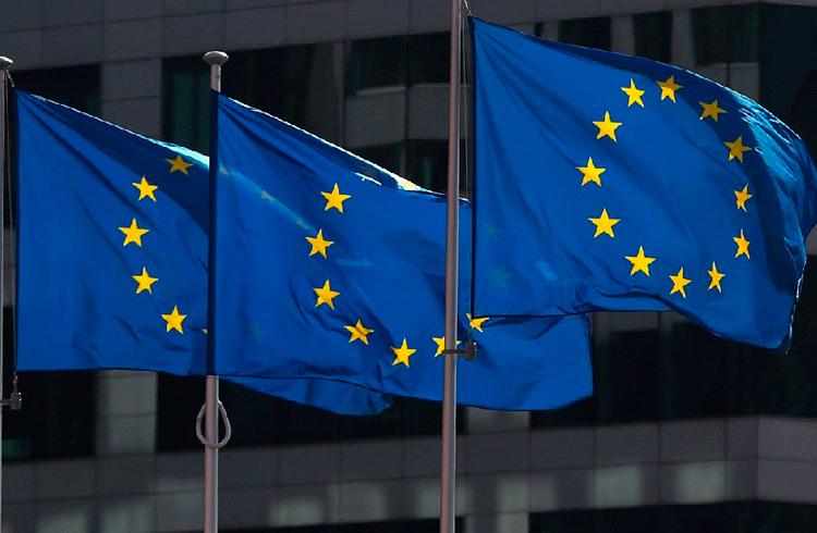 """Representante da União Europeia diz que ICOs podem """"provar sua legitimidade"""" sob novas regras de crowdfunding"""