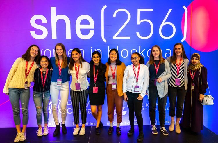 She(256): programa focado em auxiliar a entrada de mais mulheres no ecossistema das criptomoedas