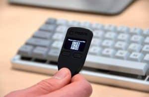 Trezor permitirá compra e venda de criptomoedas dentro da própria carteira