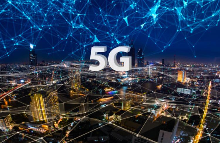 Anatel revela que 5G reduzirá custos de internet no Brasil e poderá impulsionar a blockchain