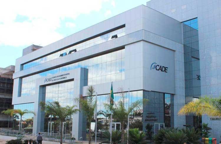 CADE estende prazo para bancos se posicionarem sobre fechamento de contas de exchanges