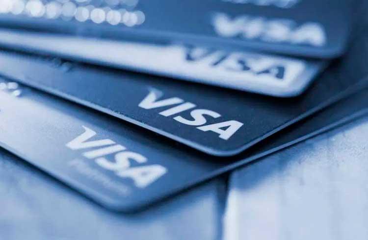 CEO da Visa diz que a empresa pode vir a adotar criptoativos