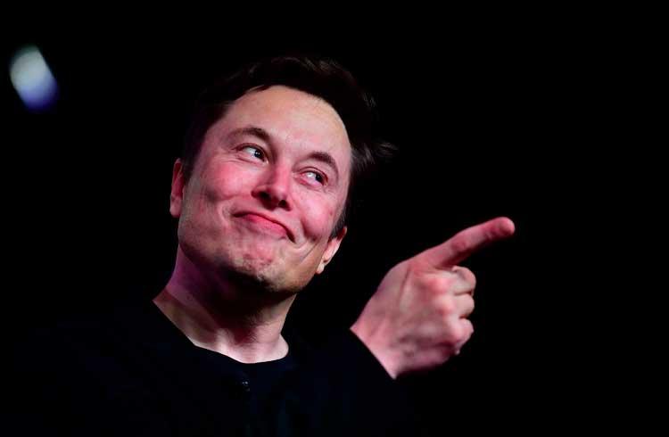 """Elon Musk faz piada no Twitter e """"provoca"""" a comunidade de criptomoedas"""