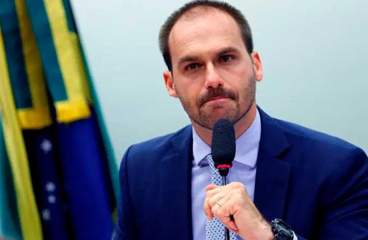 Filho do Bolsonaro eleito a Deputado Federal de São Paulo é a favor das criptomoedas