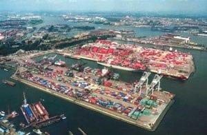 Maior porto da Europa faz parceria com a Samsung para testar blockchain para envios