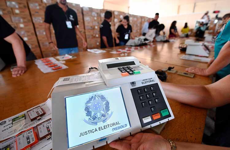 Perito em blockchain contratado por Jair bolsonaro avalia possível fraude nas urnas eletrônicas