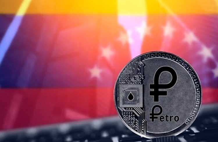 Taxa para emissão e renovação de passaporte na Venezuela só pode ser paga com Petro
