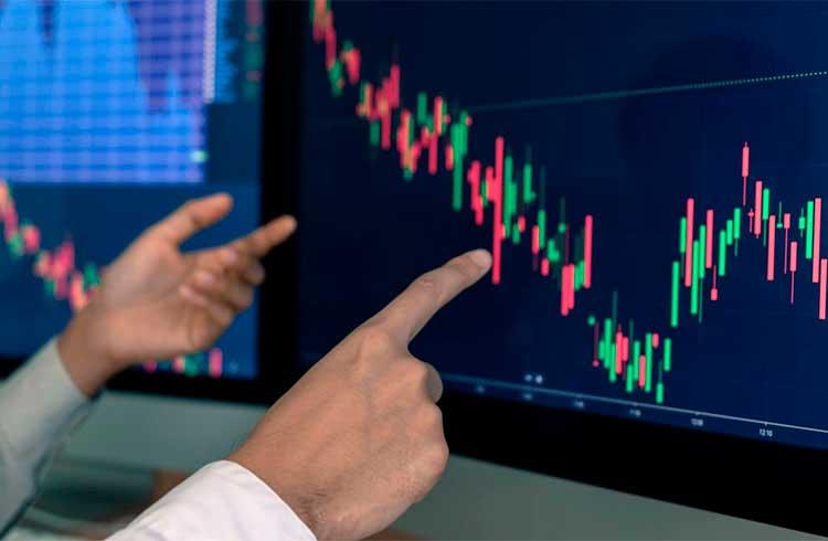Desvalorização do mercado de criptomoedas continua; Bitcoin Cash cai ainda mais e Tezos se recupera
