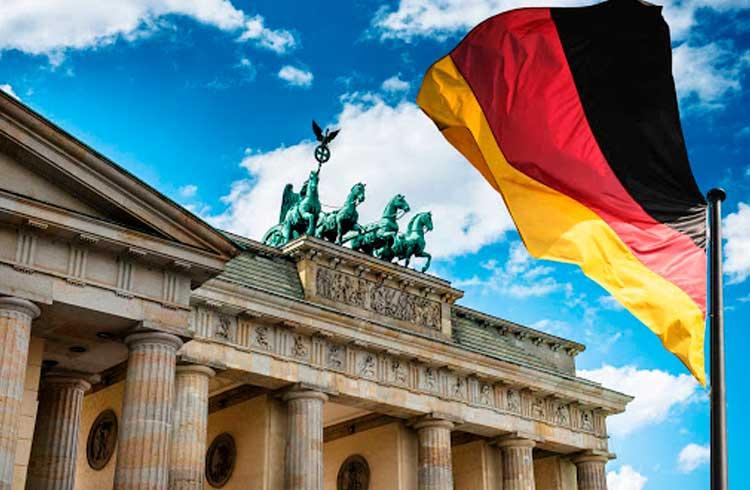 Mais de um terço das grandes empresas alemãs considera a blockchain tão impactante quanto a Internet