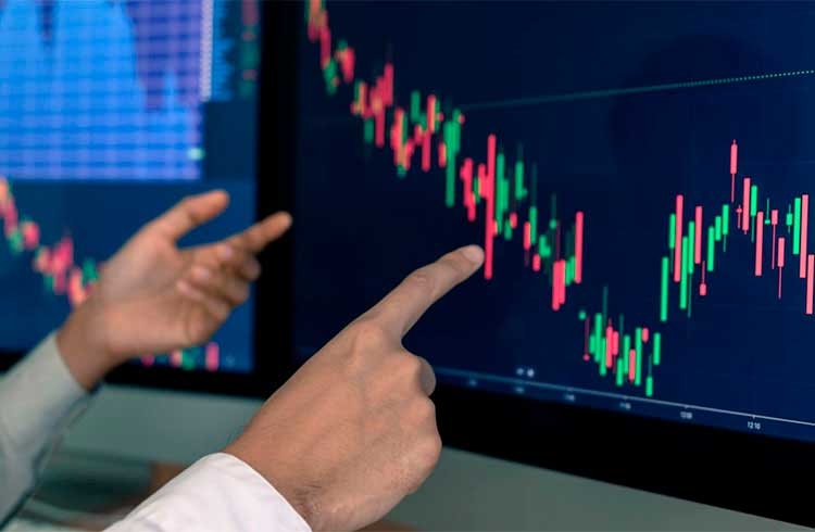 Mercado de criptoativos apresenta desempenho superior às principais ações da bolsa dos EUA