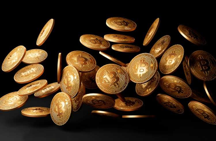 """Milionário de Bitcoin é detido por supostamente """"fazer chover dinheiro"""""""