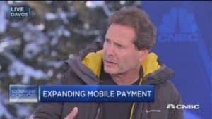CEO do PayPal ataca o Bitcoin durante conferência em Davos