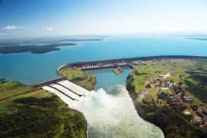 Startup usará energia de Itaipu para minerar Bitcoin no Paraguai