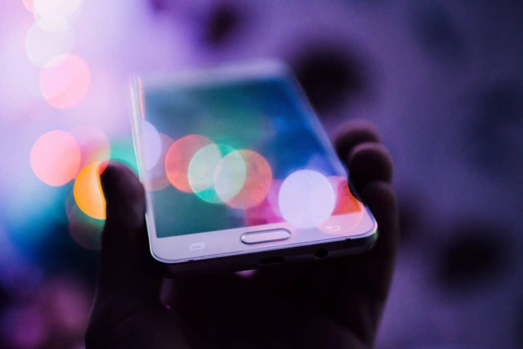 Plataforma de e-commerce com blockchain lança rede social focada em privacidade do usuário