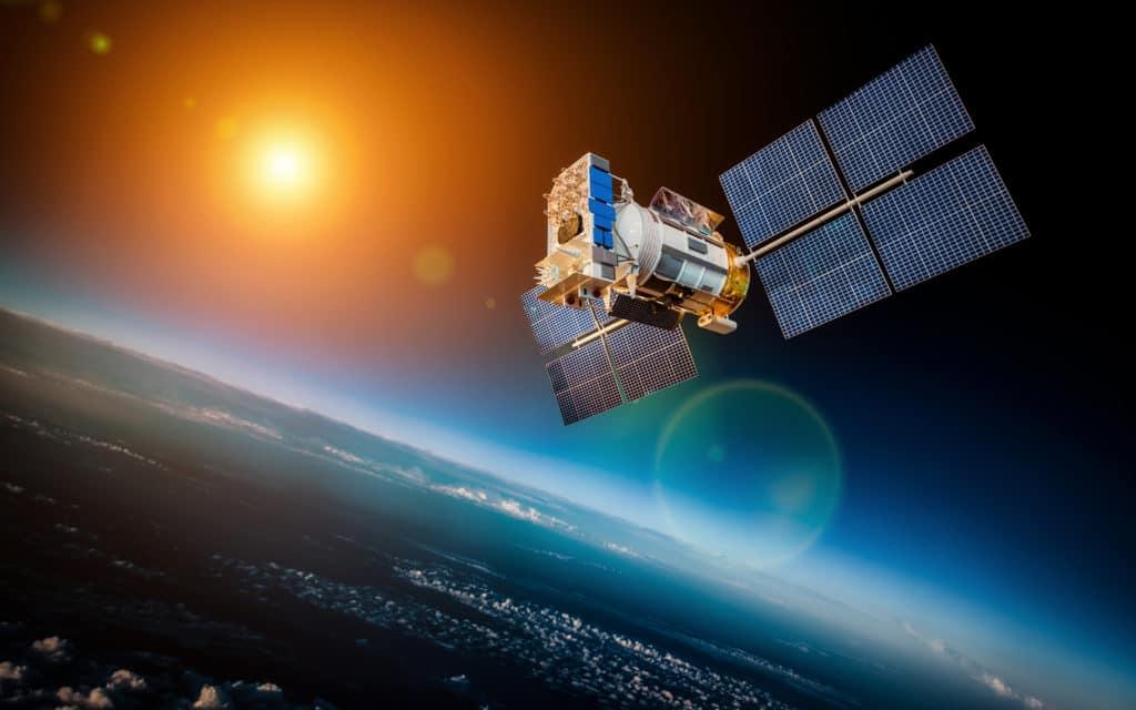Empresa de blockchain Blockstream lança versão beta de API de satélite para transmissão de dados