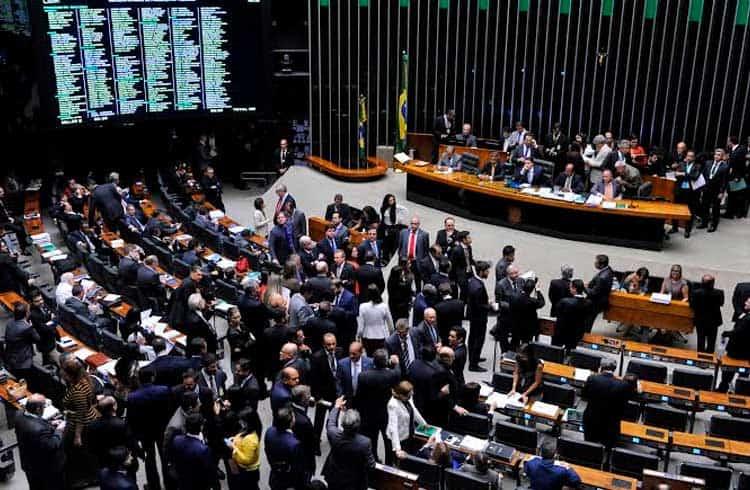 Câmara dos Deputados arquiva Projeto de Lei que discute regulação de Bitcoin no Brasil