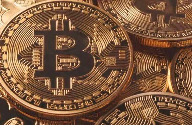 Número de transações diárias de Bitcoin retorna a nível visto na alta de 2017