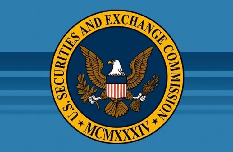 Comissária da SEC defende a autorregulação do mercado de criptomoedas