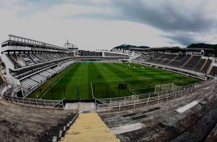 Empresa de criptomoeda quer reconstruir estádio do Santos onde Pelé fez história