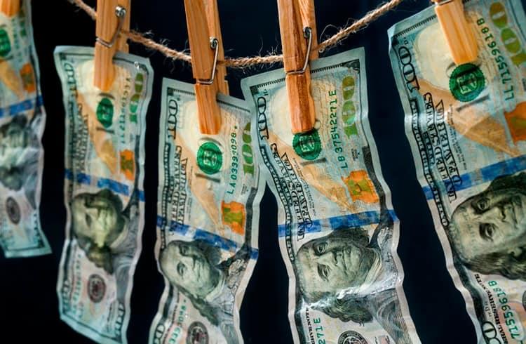"""Binance é acusada de """"lavar dinheiro para terroristas"""""""