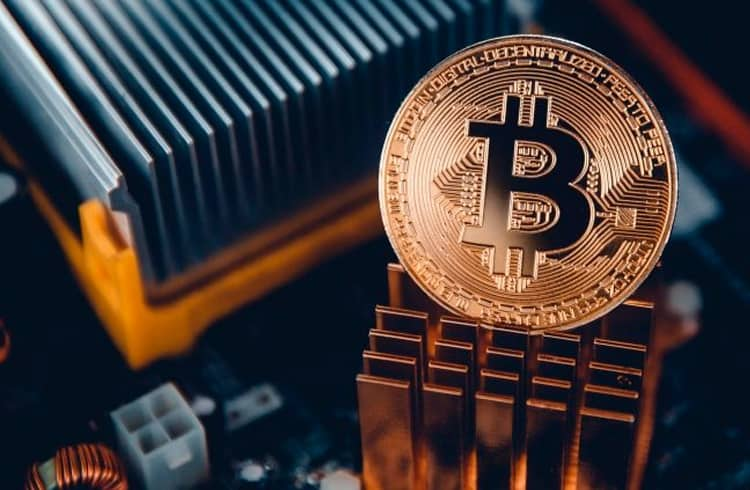 Bitcoin lidera nova subida do mercado de criptoativos; Monero e Tezos também se destacam