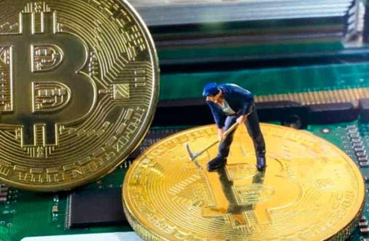 Polícia desmonta operação de mineração de Bitcoin do tráfico no Rio Grande do Sul